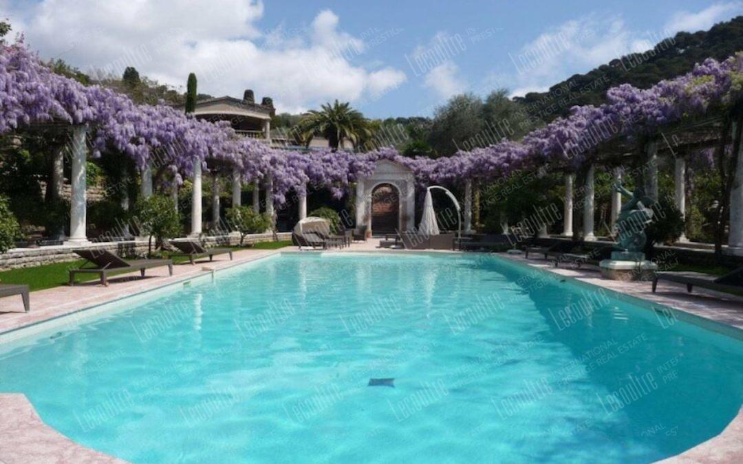 Hotel Cannes California piscine vue